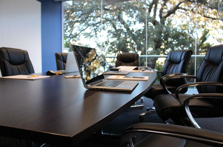 office-1516329__480